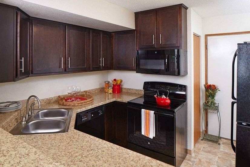 image 3 furnished 2 bedroom Townhouse for rent in New Hope, Twin Cities Area