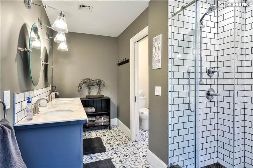 Master Bathroom Toward Toilet -Adjacent Walk-In Not Pictured