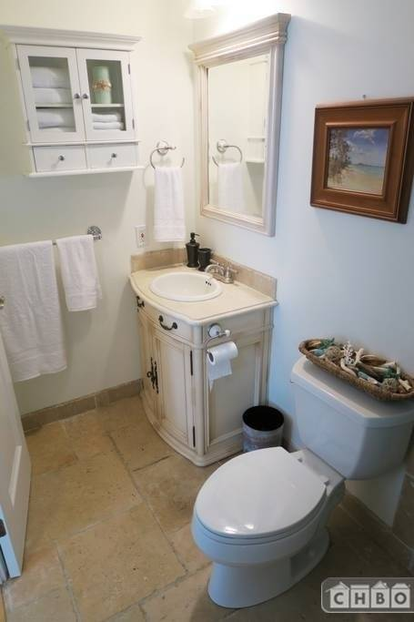 image 10 furnished 3 bedroom House for rent in Kailua, Oahu