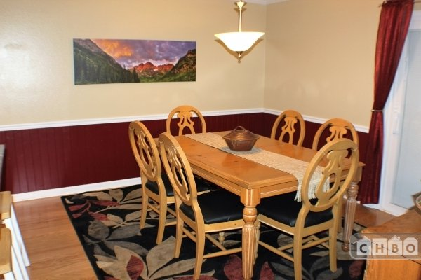 image 7 furnished 3 bedroom Townhouse for rent in Rockrimmon, Colorado Springs