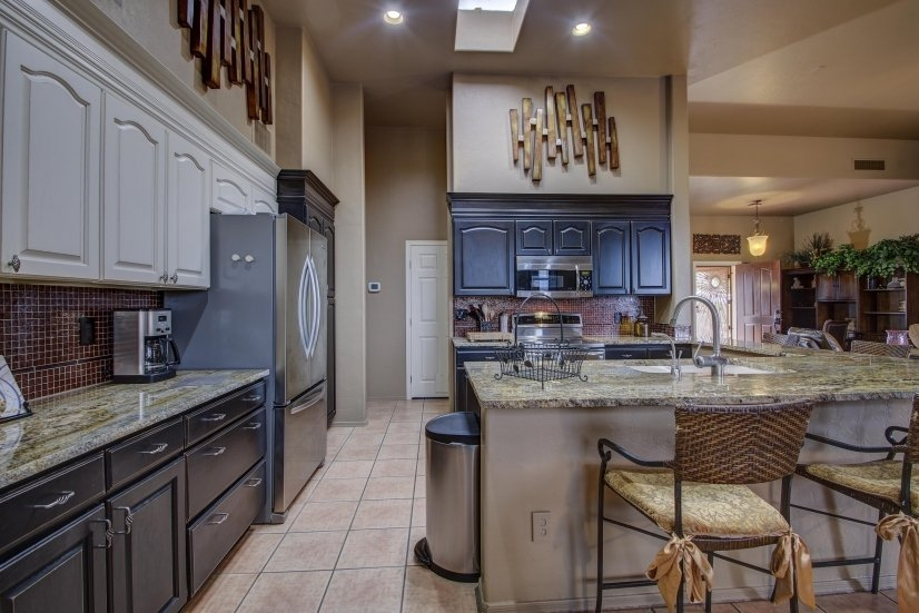 image 9 furnished 4 bedroom House for rent in Pima (Tucson), Old West Country