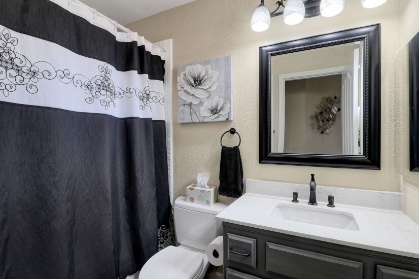 Suite # 2 bathroom