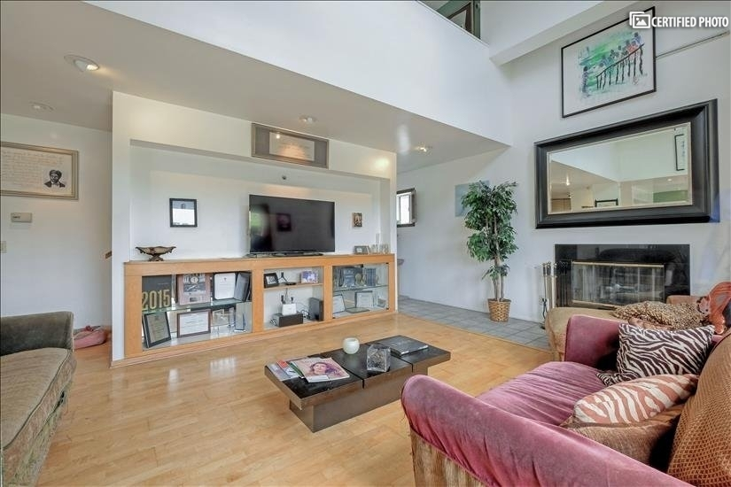 image 3 furnished 3 bedroom House for rent in Griffith Park - Los Feliz, Metro Los Angeles