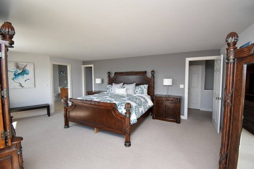 King sized bed with private bathroom