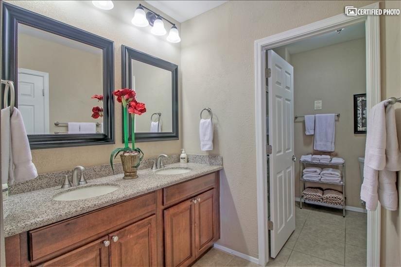 Master bath vanity to walk in shower / large walk in closet