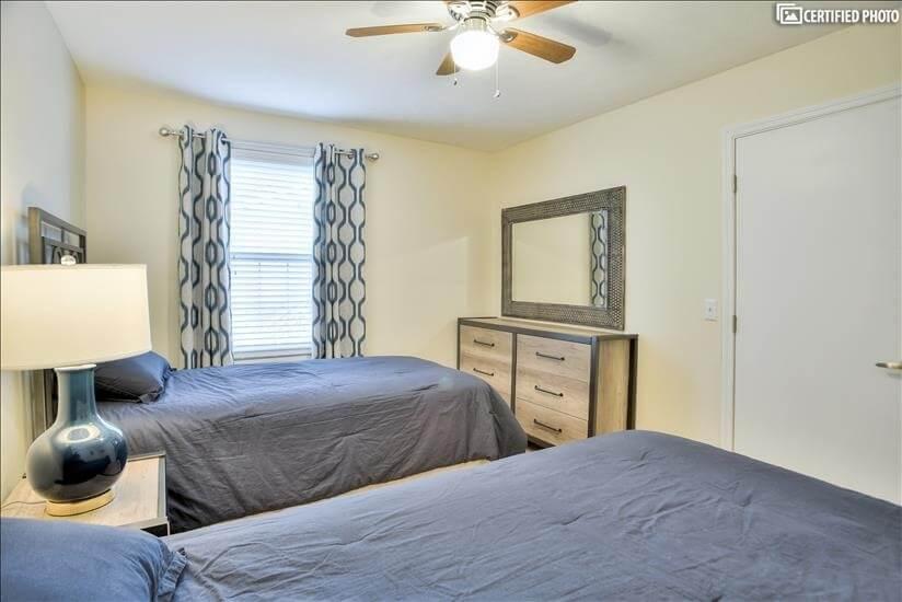 Bedroom 2 -4