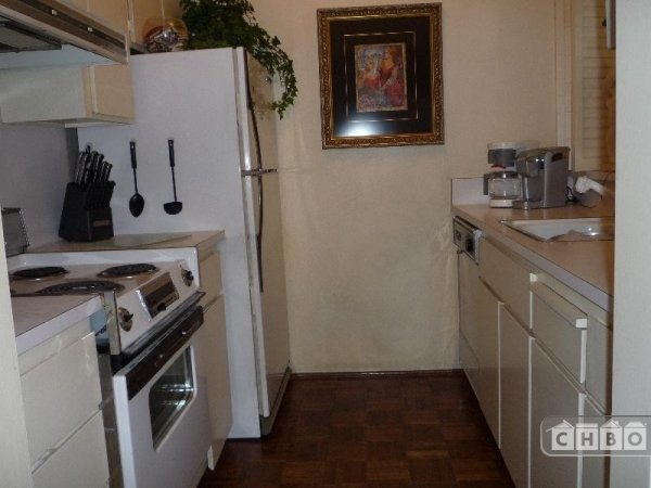 image 4 furnished 1 bedroom Townhouse for rent in Chinatown, San Francisco