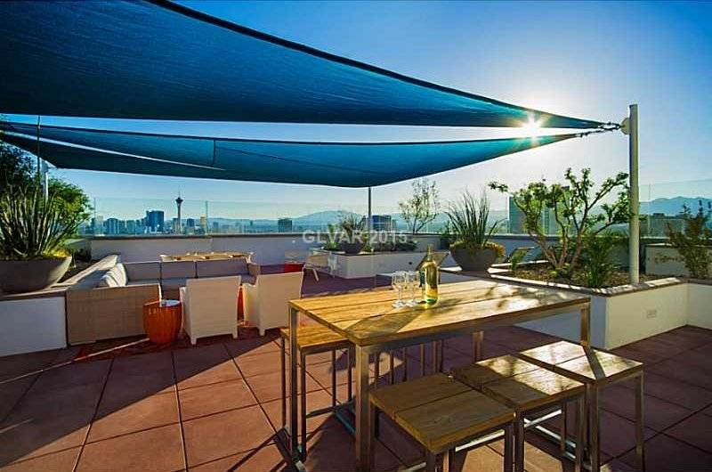 Rooftop bbq and picnic area