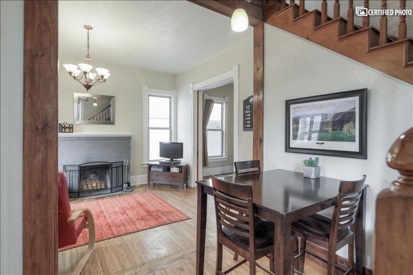 image 2 furnished 4 bedroom House for rent in Washington Park, Denver South
