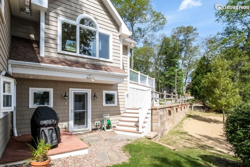 image 2 furnished 4 bedroom House for rent in East Haddam, Middlesex County