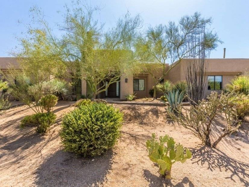 image 2 furnished 5 bedroom House for rent in Cave Creek Area, Phoenix Area