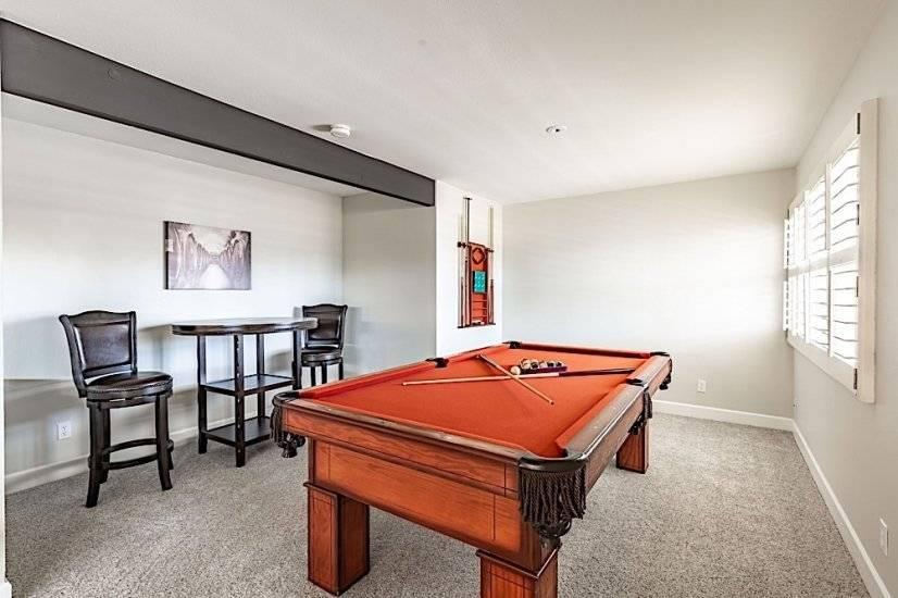 Billard table in loft area