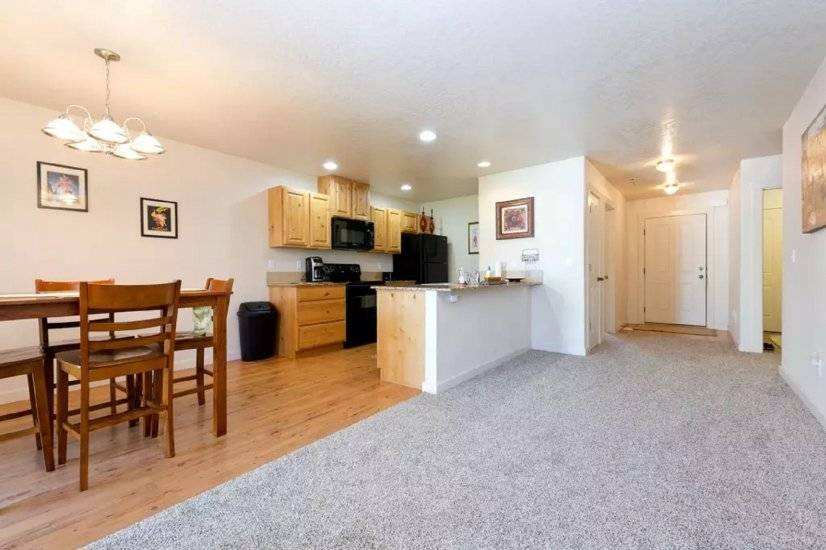 image 6 furnished 3 bedroom Townhouse for rent in Meridian, Boise Area