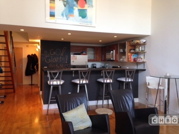 image 5 furnished 1 bedroom Townhouse for rent in South of Market, San Francisco