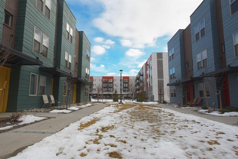 Licoln Park Townhome Complex