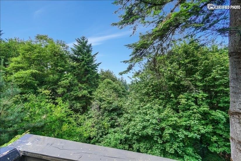 image 14 furnished 5 bedroom House for rent in West Linn, Portland Area