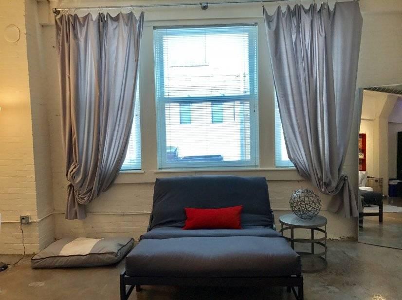 Living room/dining/Futon