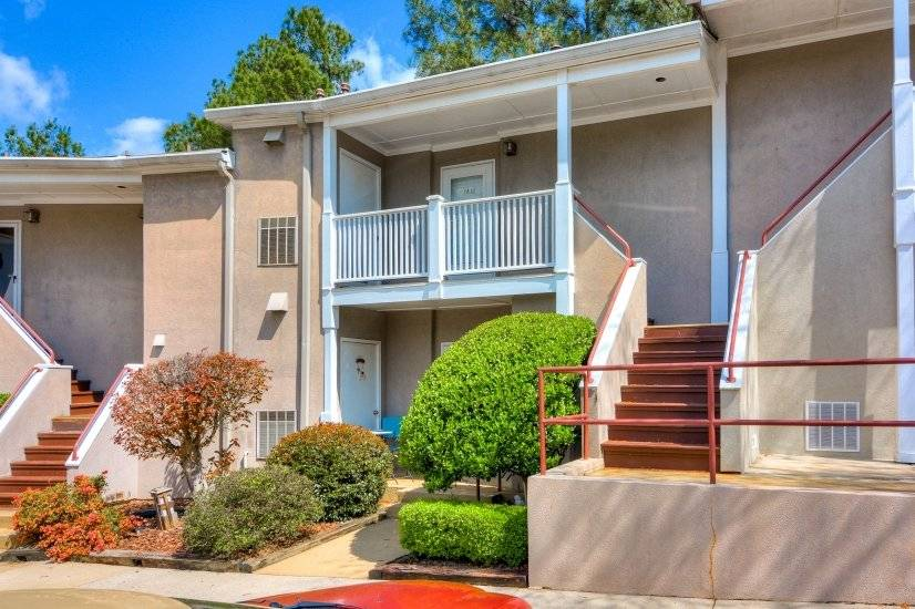 image 13 furnished 1 bedroom Townhouse for rent in Richmond (Augusta), Classic South