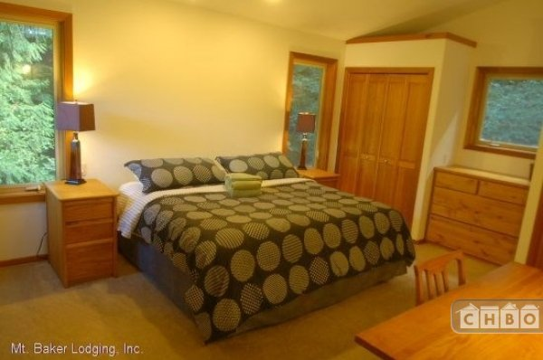 image 7 furnished 3 bedroom House for rent in Mt. Baker, Cascade Mountains