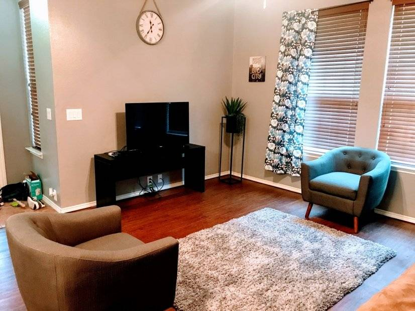 image 2 furnished 3 bedroom Townhouse for rent in Grand Prairie, Ellis County