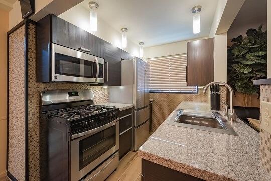 image 4 furnished 2 bedroom Apartment for rent in Hyde Park, Cincinnati