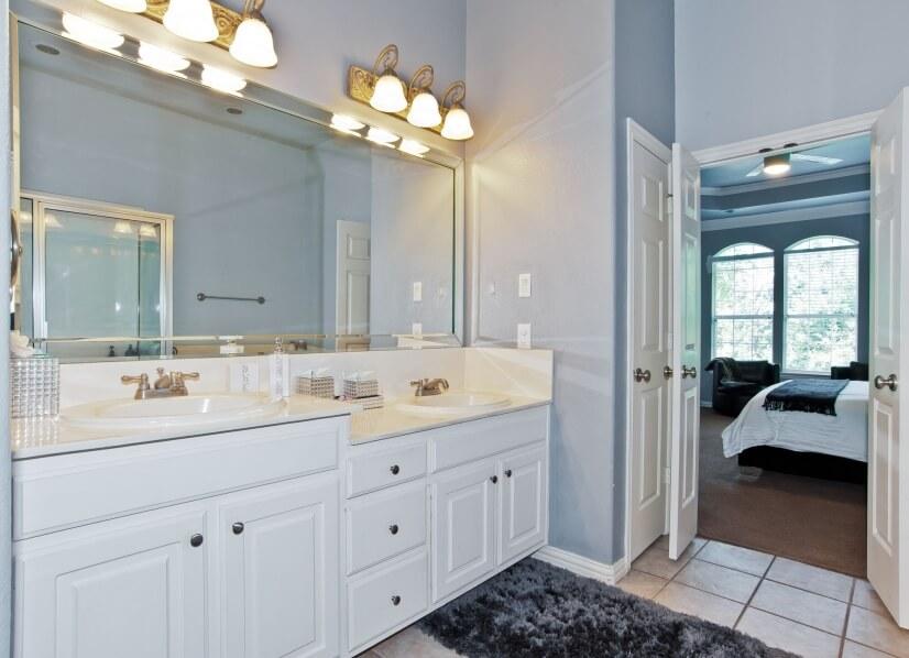 Master Bath His & Her Sink & Vanity's Linen Closet