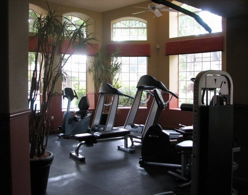 Fully equiped gym with flat screen TV.