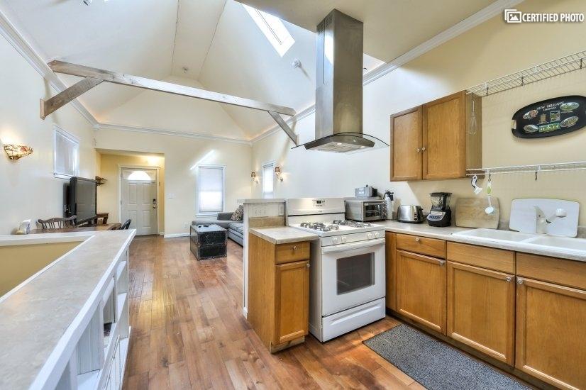 image 9 furnished 1 bedroom House for rent in Kansas City, Kansas City Area KS