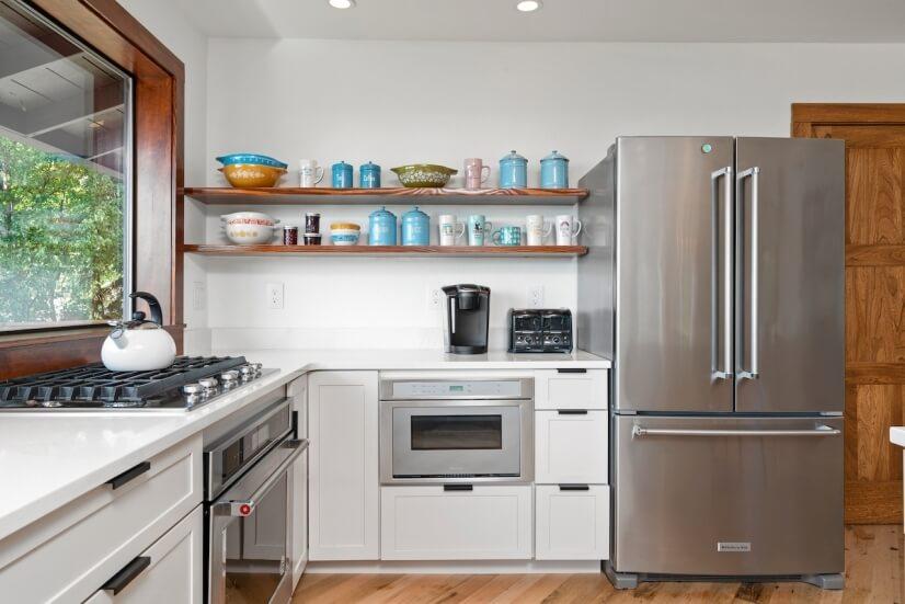 Stainless Steel appliances & Gas Range