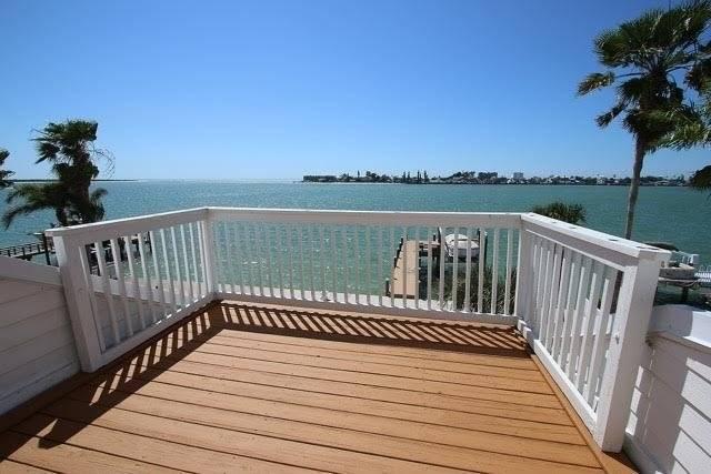 Top floor bedroom private deck