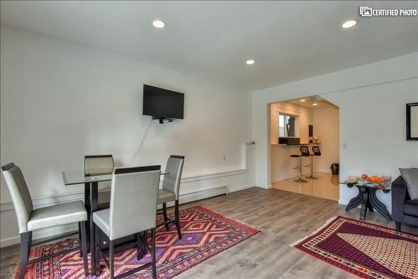 image 17 furnished 2 bedroom House for rent in Bothell-Kenmore, Seattle Area