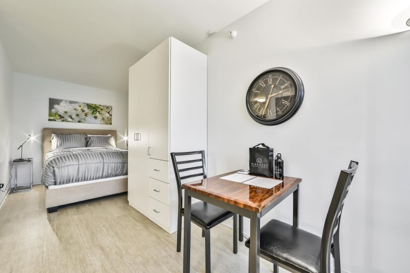 image 3 furnished Studio bedroom Apartment for rent in Near North, Downtown