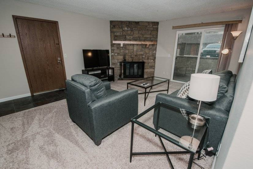 image 2 furnished 1 bedroom Townhouse for rent in Lakewood, Jefferson County