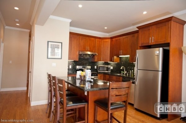 image 2 furnished 3 bedroom Apartment for rent in North Beach, San Francisco