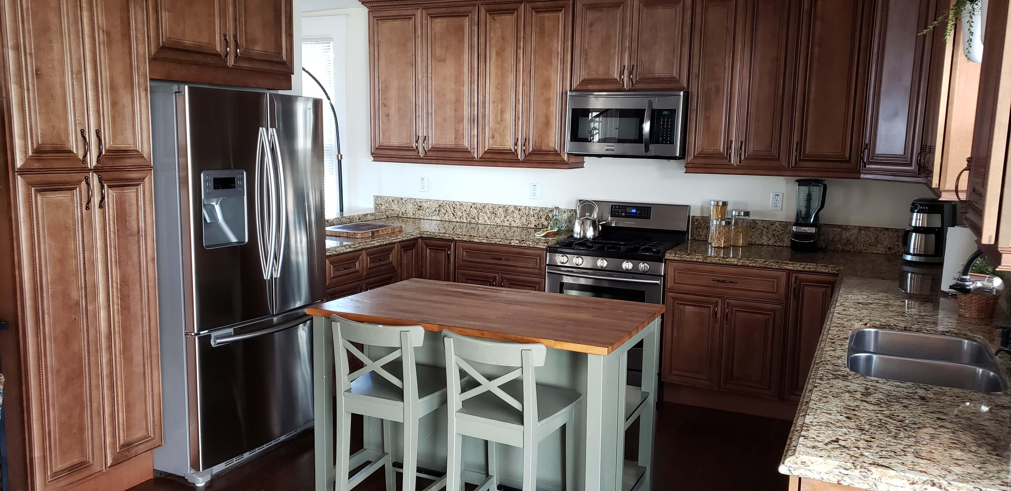 image 9 furnished 4 bedroom House for rent in Glendale, San Fernando Valley