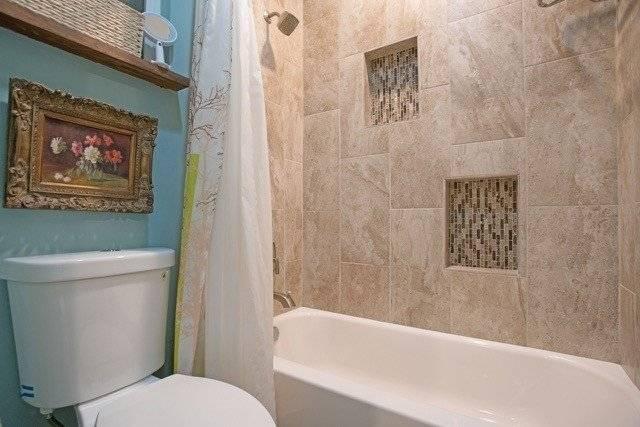 2nd floor bath Luxury tub,