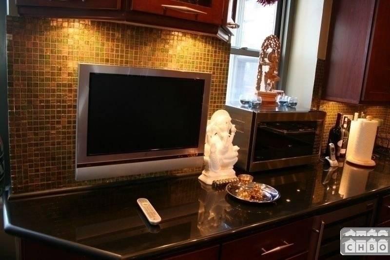 TV in Kitchen