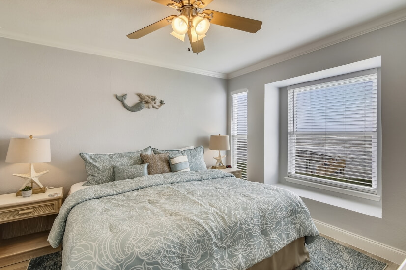 Seascape Bedroom with King Size Bed