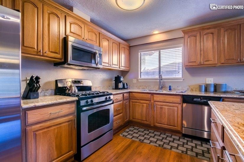 image 2 furnished 3 bedroom House for rent in Albuquerque, Albuquerque - Santa Fe