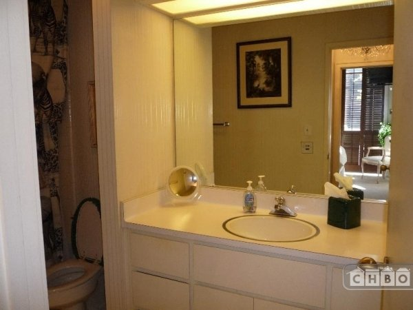 image 7 furnished 1 bedroom Townhouse for rent in Chinatown, San Francisco