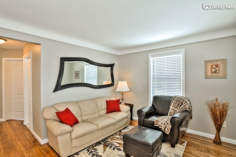 image 3 furnished 3 bedroom House for rent in Dearborn, Detroit Area