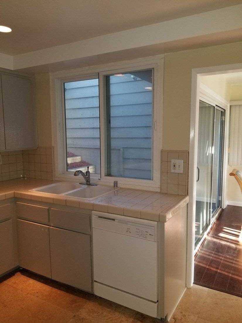 image 10 furnished 2 bedroom Townhouse for rent in Inglewood, South Bay
