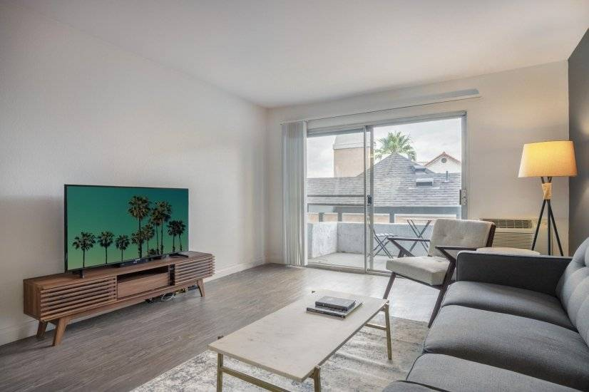 image 3 furnished 1 bedroom Apartment for rent in West Hollywood, Metro Los Angeles