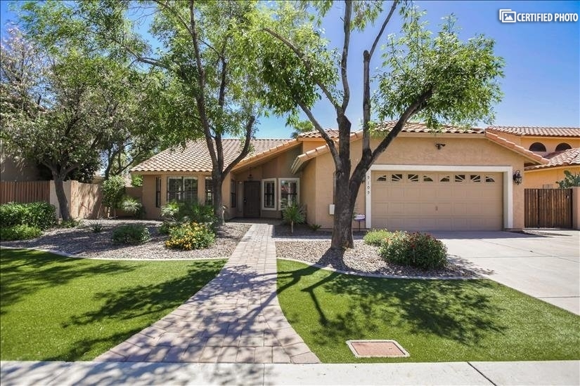 image 6 furnished 3 bedroom House for rent in Glendale Area, Phoenix Area
