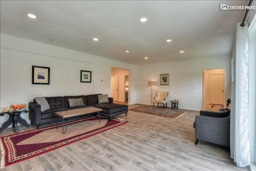 image 11 furnished 2 bedroom House for rent in Bothell-Kenmore, Seattle Area