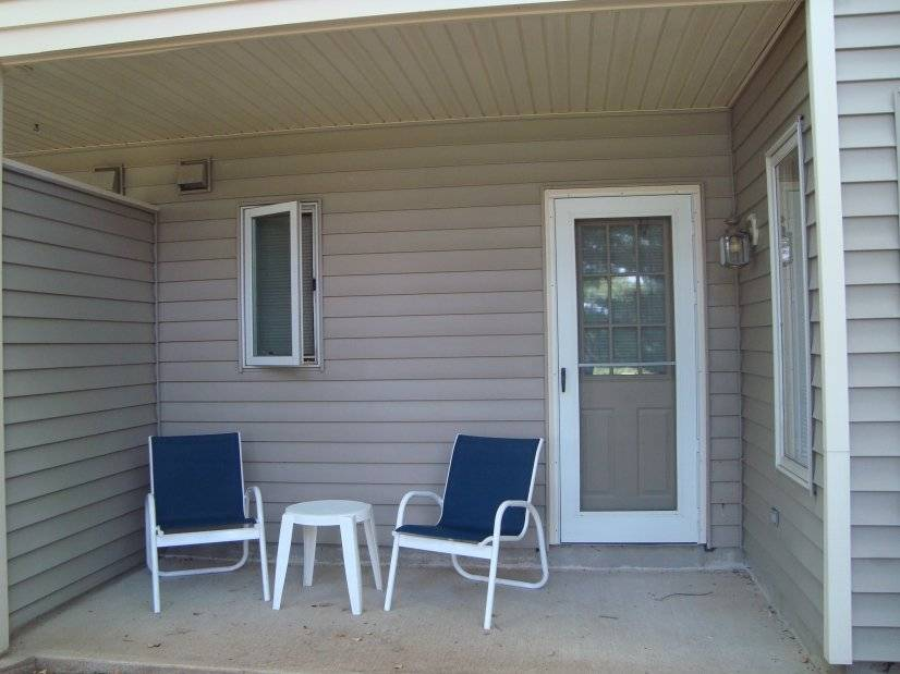 image 10 furnished 1 bedroom Townhouse for rent in Annandale, Hunterdon County