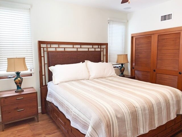 Master bedroom: King bed with gas fireplace