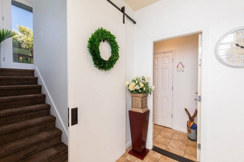 front entry way with barn door
