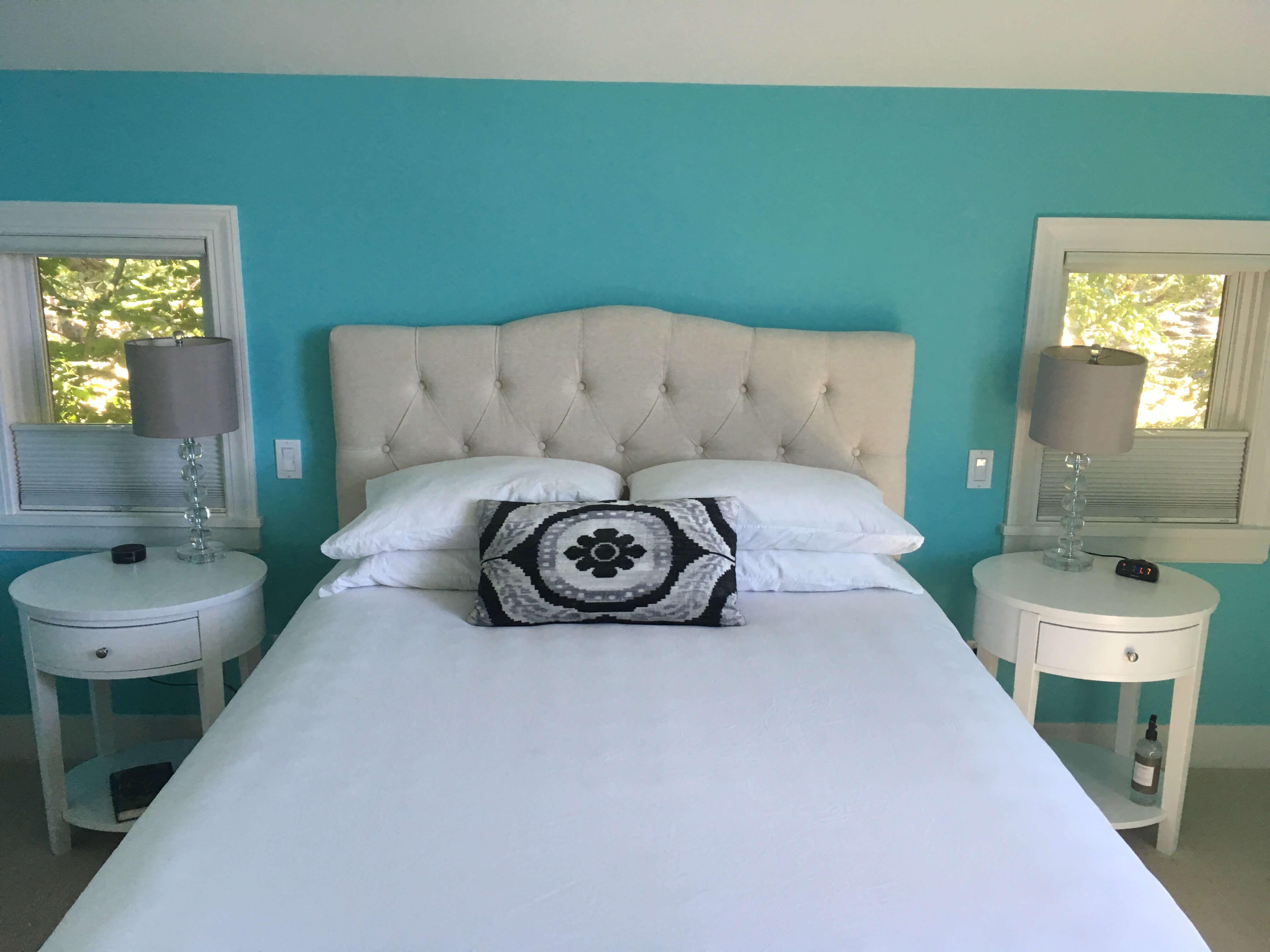 Madeline's bedroom - Queen