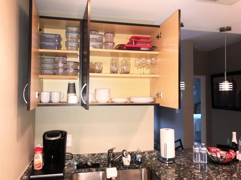 Kitchen Amenties